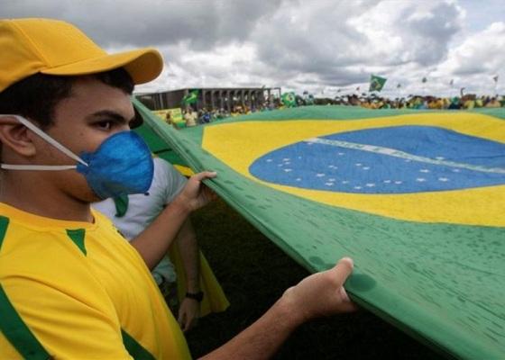 Brasil reporta 24,831 nuevos contagios de coronavirus en un día
