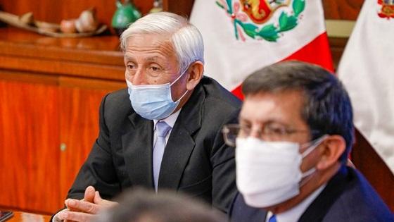 Ministro González Toro anuncia una reorganización en el MINEM